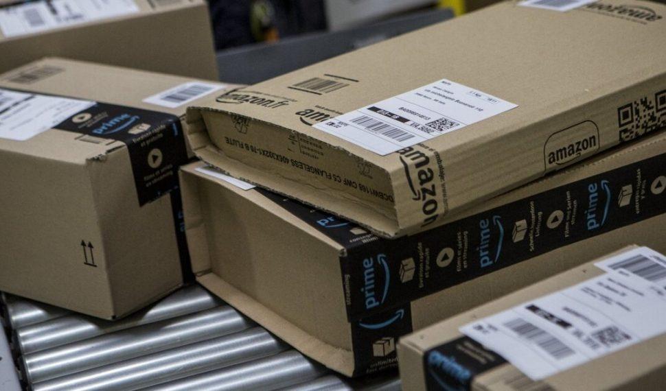 El robo de un PlayStation 5 le cuesta a un mensajero su contrato con Amazon
